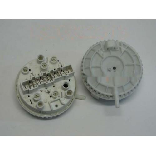 Прессостат для стиральной машины Zanussi 1320822313