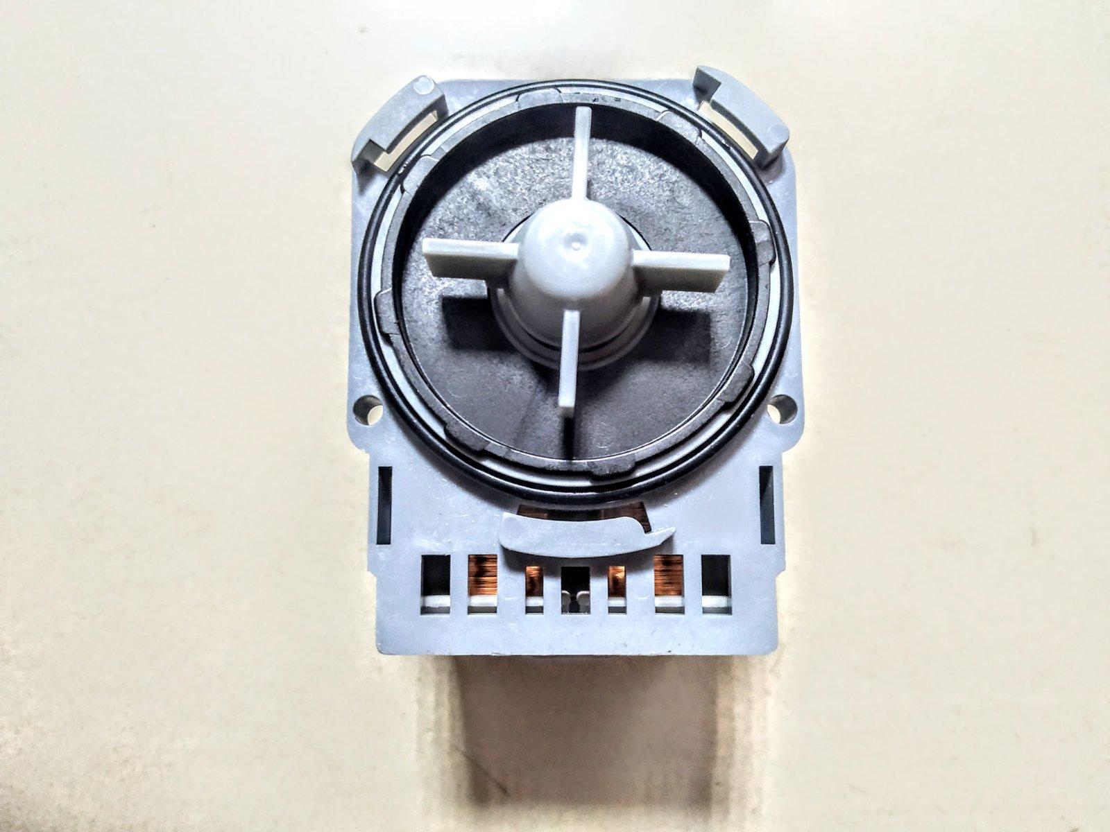 Насос для стиральной машины Electrolux 1322082007