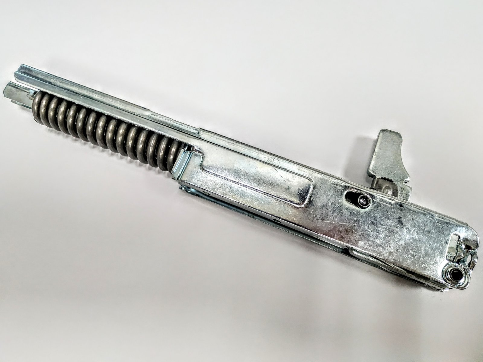 Петля люка для стиральной машины Ariston C00083113